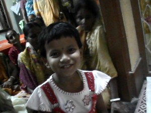 <h3> Children are happy seeing the devotees</h3>