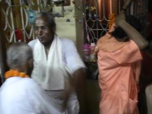 <h3> Sripad Dinabandhu Prabhu from Bangladesh</h3>
