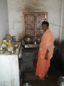 <h3> Sripad Presh Prabhu: Temple manager of SCS Math - Siliguri</h3>