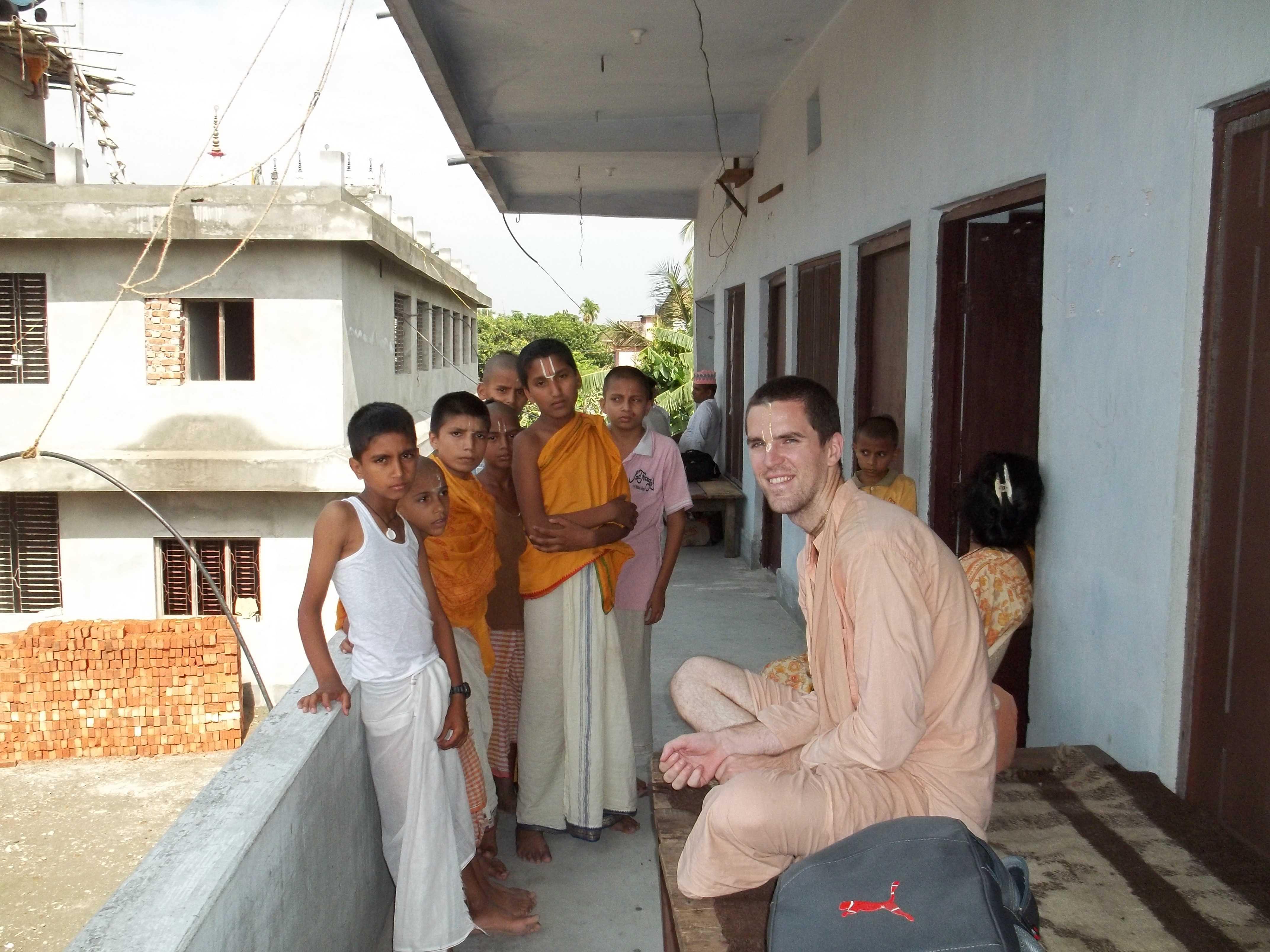 <h3> Tyagi Maharaja with Gurukul students in Laxmi Narayan temple at Birat Nagar, Nepal</h3>